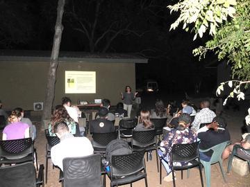 elizabeth ewart delivering a talk as part of the oxford  gorongosa fieldschool 2019 in mozambique